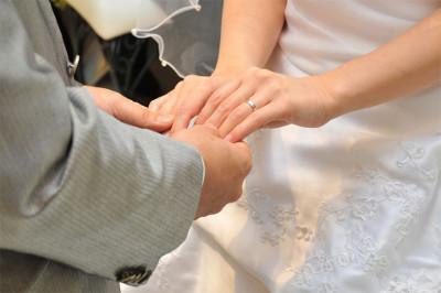 20代からシニアまで婚活を支援する官公庁ファミリークラブ北九州が伝える、幸せな家庭をイメージすることの大切さ